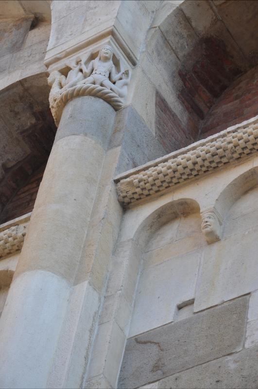 Capitello e decorazioni Duomo - Chiara Salazar Chiesa - Modena (MO)