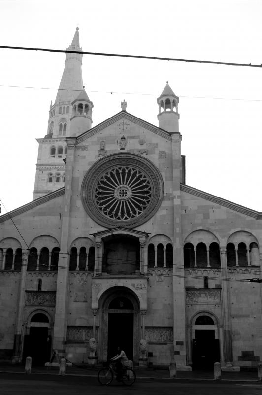 Facciata bianco e nero - BeaDominianni - Modena (MO)