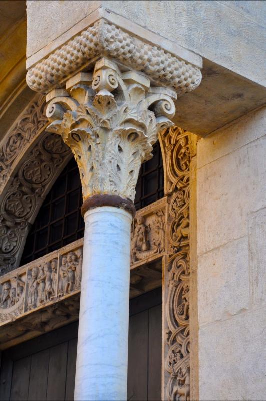 Capitello Duomo di Modena, e scorcio Porta dei Principi - Chiara Salazar Chiesa - Modena (MO)