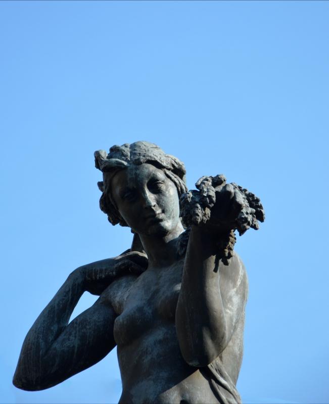 Particolare dell'allegoria della Secchia - Valeriamaramotti - Modena (MO)