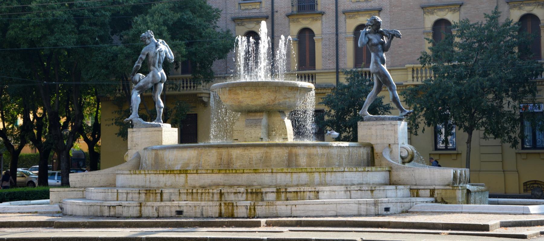 Vista d'insieme della Fontana dei Due Fiumi - Valeriamaramotti - Modena (MO)
