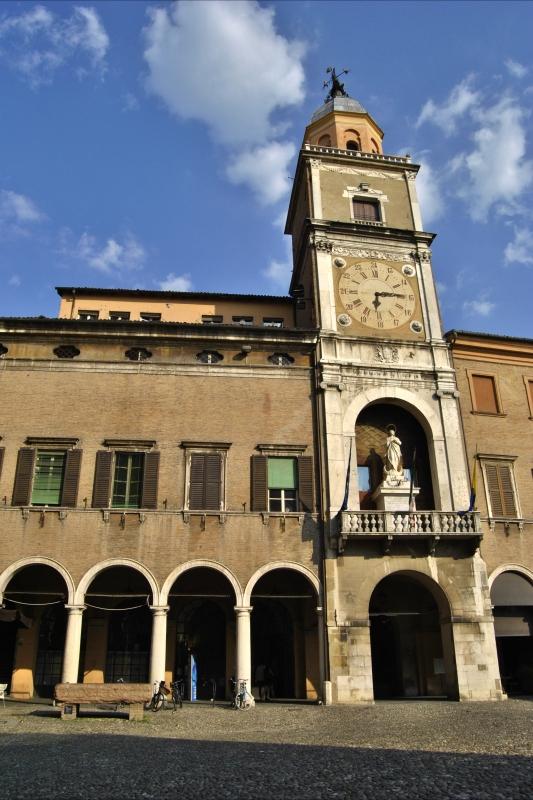 Il Palazzo Comunale di Modena - Giorgia Violini - Modena (MO)