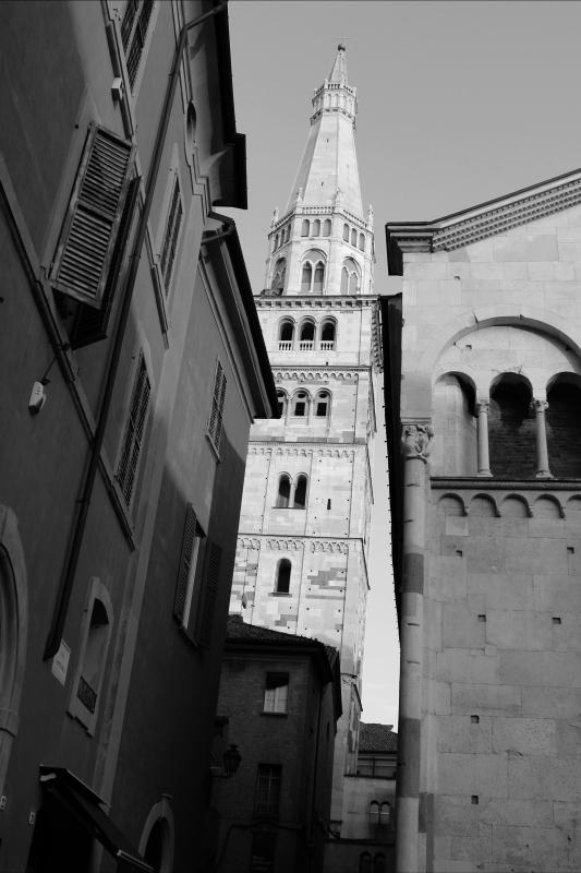 Torre Ghirlandina di Modena bianco e nero - BeaDominianni - Modena (MO)
