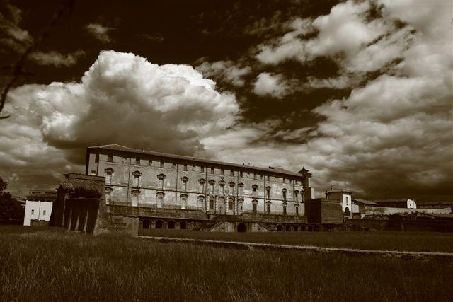 Palazzo ducale bianconero - Guido rustichelli - Sassuolo (MO)