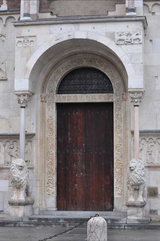 Duomo modena estero portale - Manesti - Modena (MO)