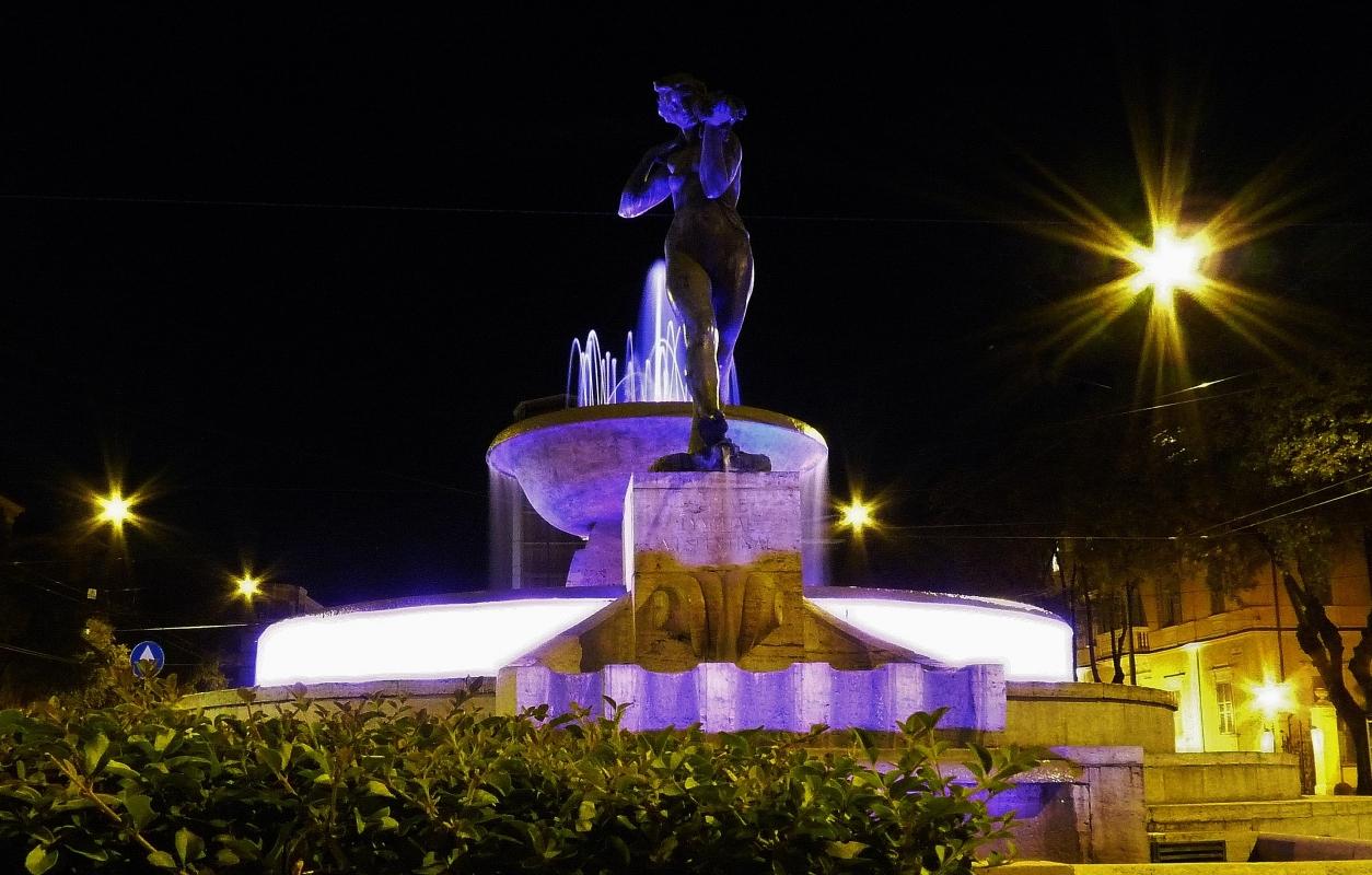 Fontana dei Fiumi - Modena (notturno) - Mfran22 - Modena (MO)