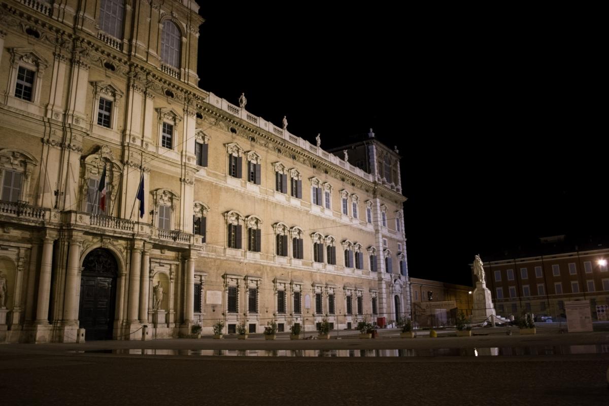 Palazzo ducale notte - Alessandro mazzucchi - Modena (MO)