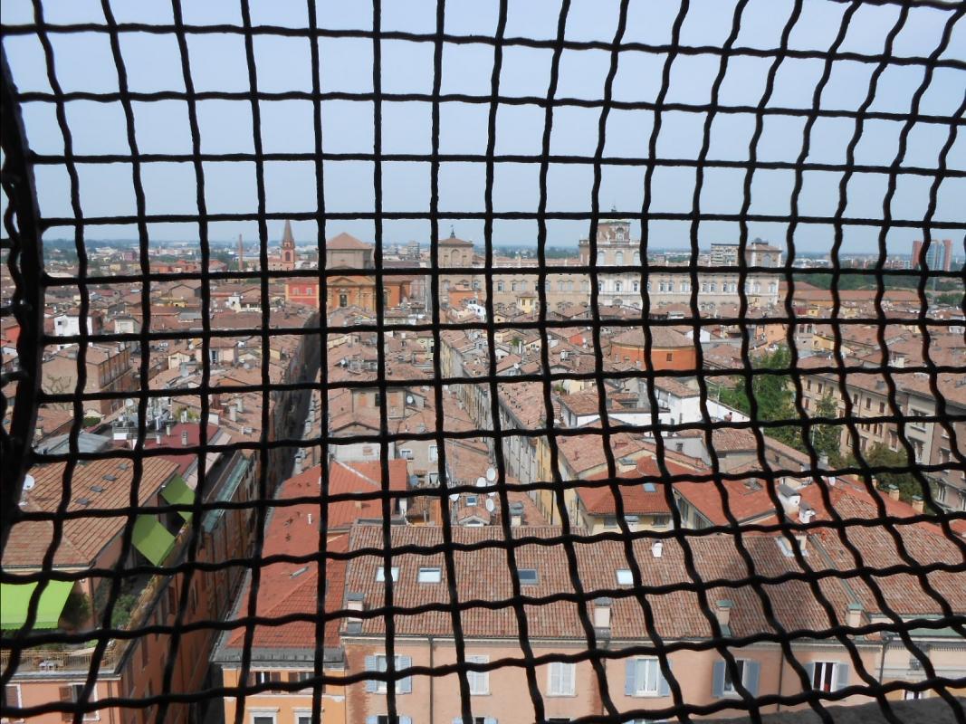 Torre Ghirlandina a Modena (veduta Palazzo Ducale) - Cristina Guaetta - Modena (MO)