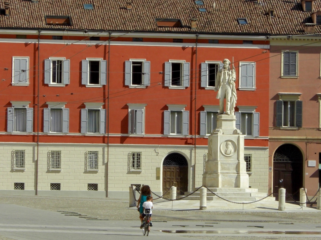 Piazzale Roma Una bici - Clawsb - Modena (MO)