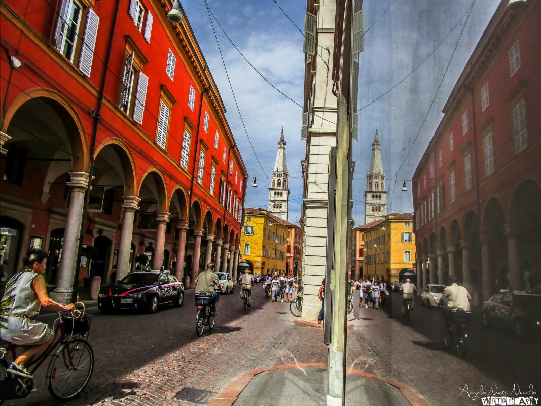 Doppia visione - Angelo nacchio - Modena (MO)