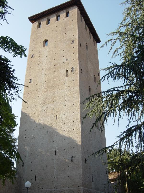 Vista della torre da sue-est - 52AttilioRighi - Nonantola (MO)
