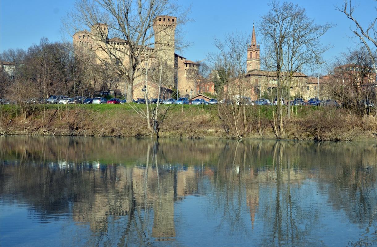 La Rocca Di Vignola riflessa nel fiume Panaro - Franco baldaccini - Vignola (MO)