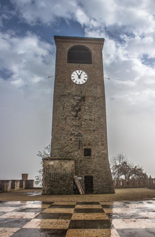 La torre dopo la pioggia - Angelo nastri nacchio - Castelvetro di Modena (MO)