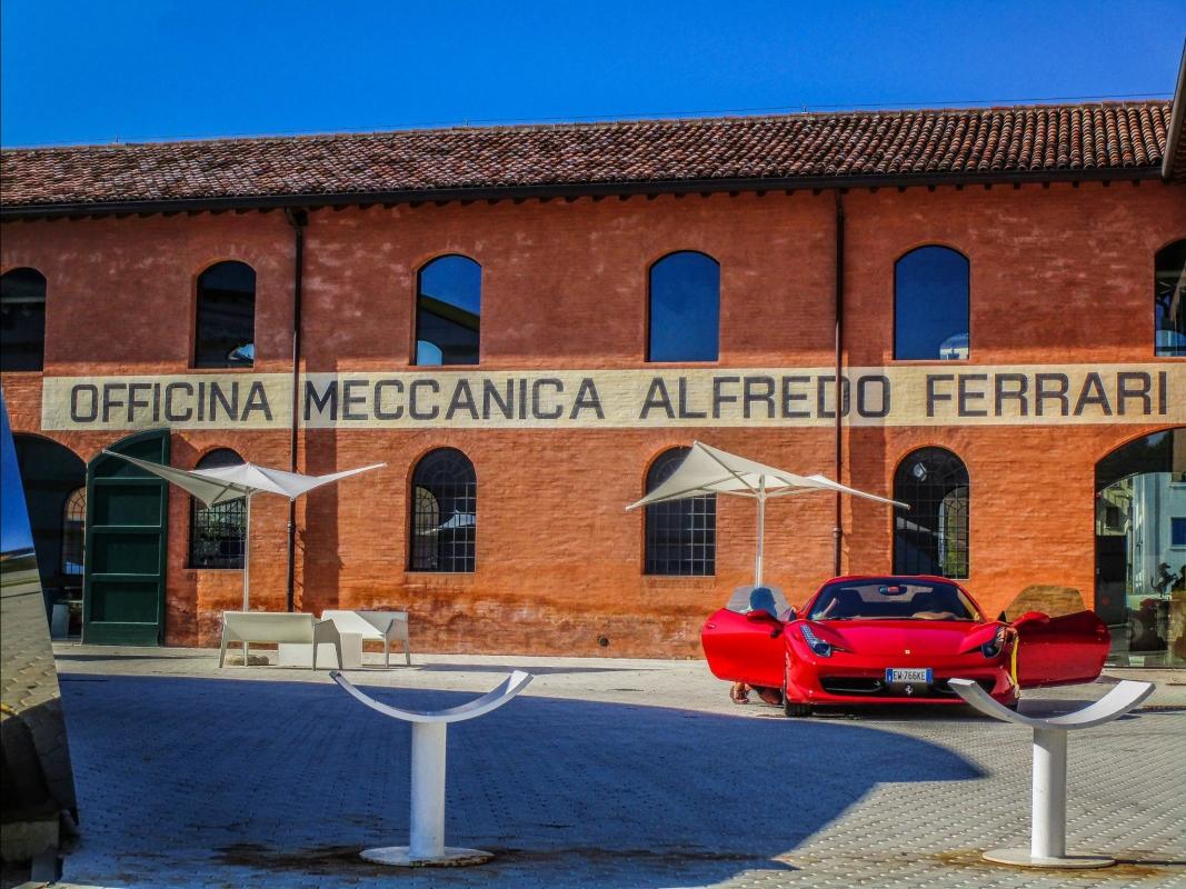 Casa Museo Enzo Ferrari, dove è nata la storia - Angelo nastri nacchio - Modena (MO)