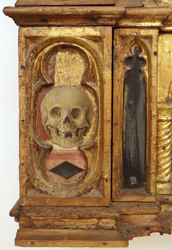 Angelo e bartolomeo degli erri, polittico dell'ospedale della morte, 1462-66, predella 01 teschio - Sailko - Modena (MO)