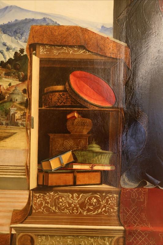 Francesco bianchi ferrari e giovanni antonio scacceri, annunciazione, 1506-12, 03 stipo con cofanetti e libri - Sailko - Modena (MO)