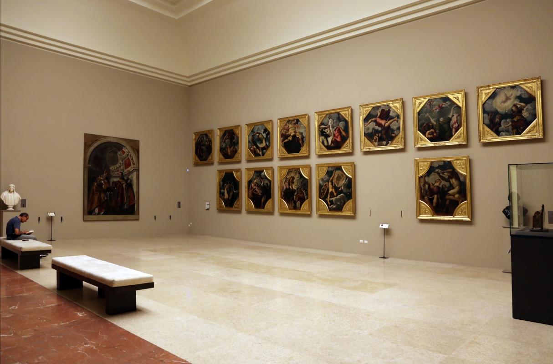 Galleria estense, sala con tavole del tintoretto - Sailko - Modena (MO)