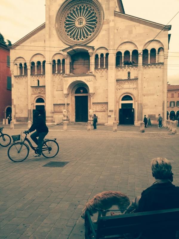 Modena - Corso Duomo con cane e bicicletta - Giacomo V. Armellino - Modena (MO)