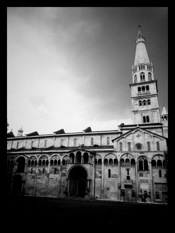 Duomo e Ghirlandina in bianco e nero - Giacomo V. Armellino - Modena (MO)