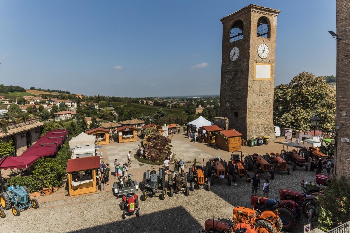 L'ora della festa al borgo di Castelvetro - Luca Nacchio - Castelvetro di Modena (MO)