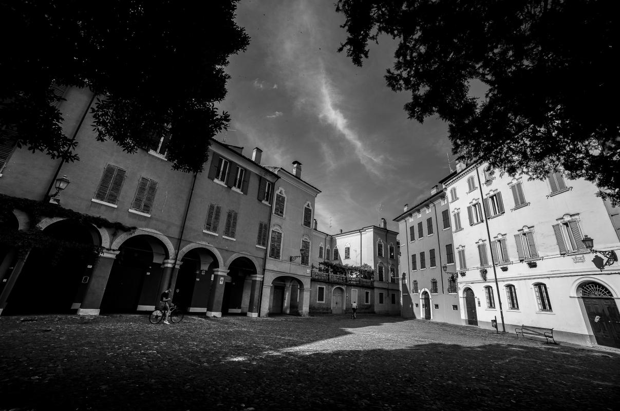 Piazza della Pomposa - Angelo nastri nacchio - Modena (MO)