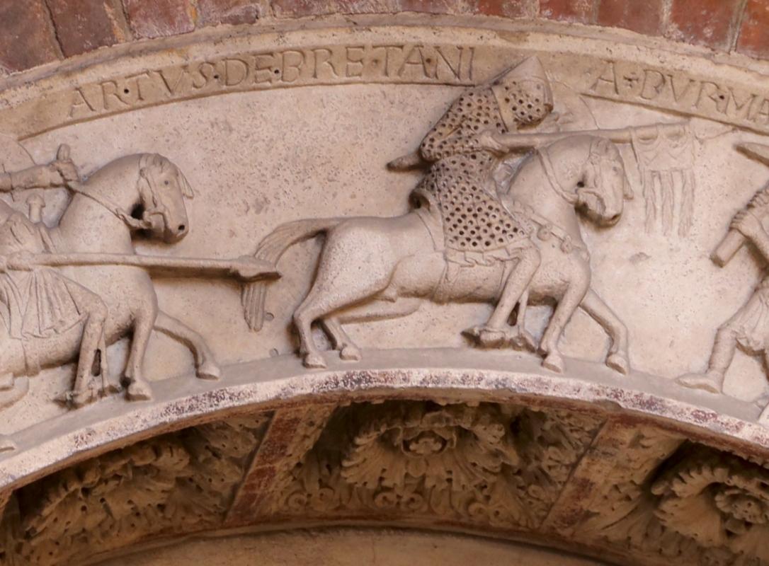 Ambito di wiligelmo, porta della pescheria, 02 ciclo di artù 02,2 artù dei britanni - Sailko - Modena (MO)