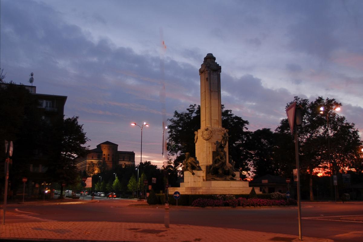 Monumento ai Pontieri - Ghizzoni Claudio - Piacenza (PC)