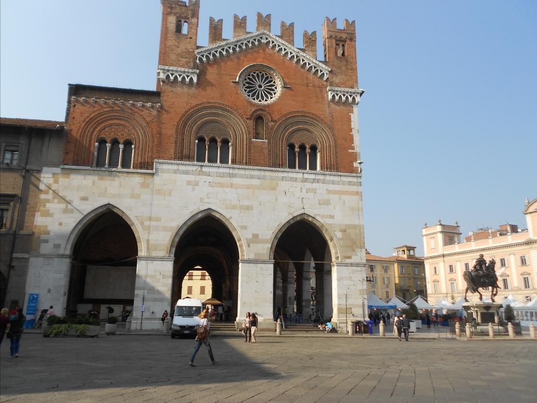 Palazzo Gotico 4 - Maria91 - Piacenza (PC)