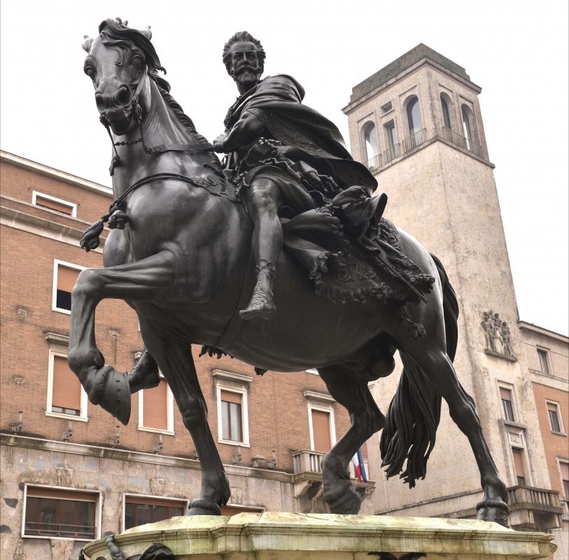 Statua equestre1 - Serberg+commonswiki - Piacenza (PC)
