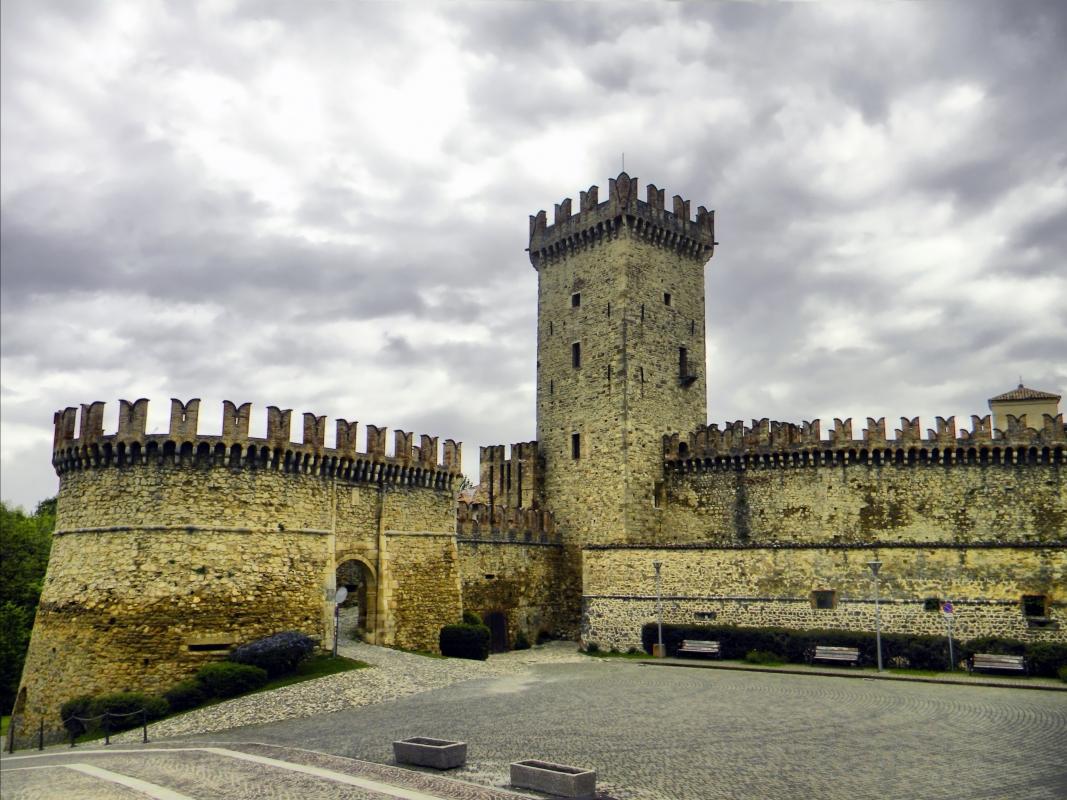 L'entrata di Vigoleno - Annalisa.Caretto - Vernasca (PC)