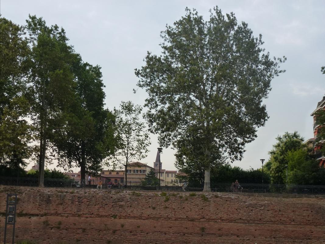 Mura del Facsal viste da Via IV Novembre - Michele aldi - Piacenza (PC)