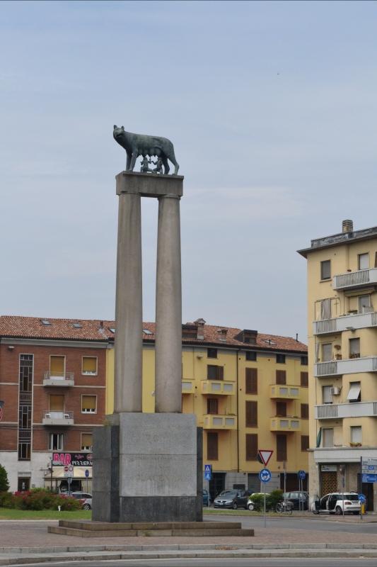 Lupa 2 - CLAUDIABAQ - Piacenza (PC)
