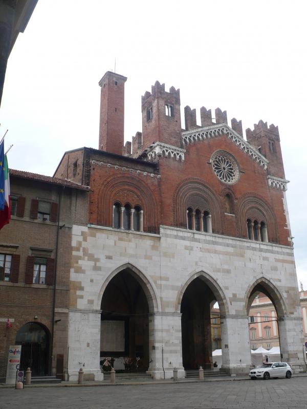 Palazzo Gotico -- Piacenza - RatMan1234 - Piacenza (PC)