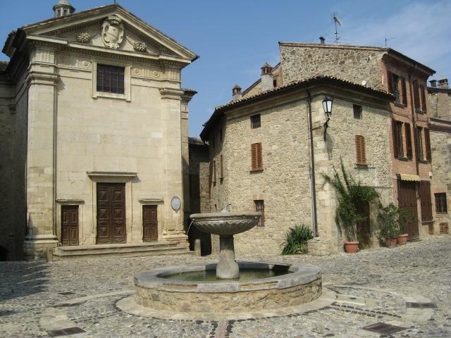 Al centro del borgo - Rosapicci - Vernasca (PC)