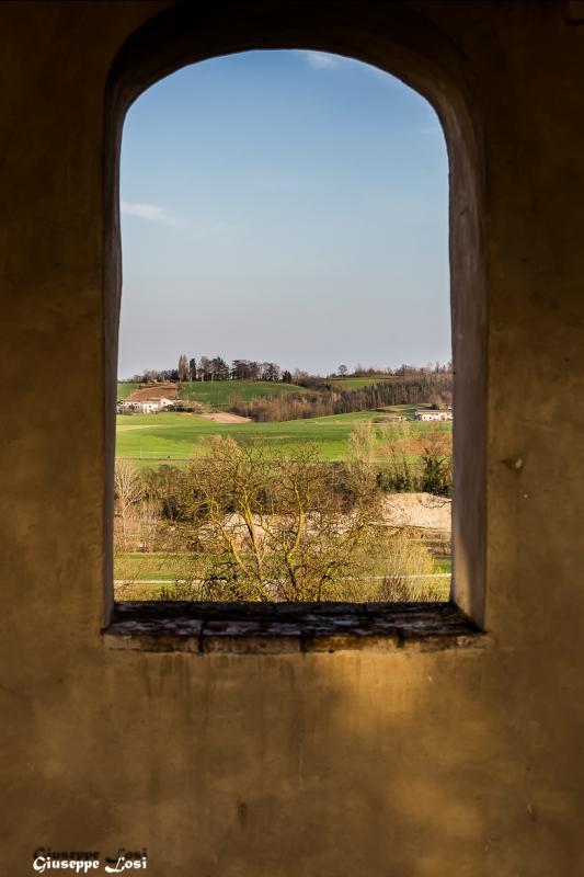 Finestra del Castello di Agazzano (PC) - Losig - Agazzano (PC)