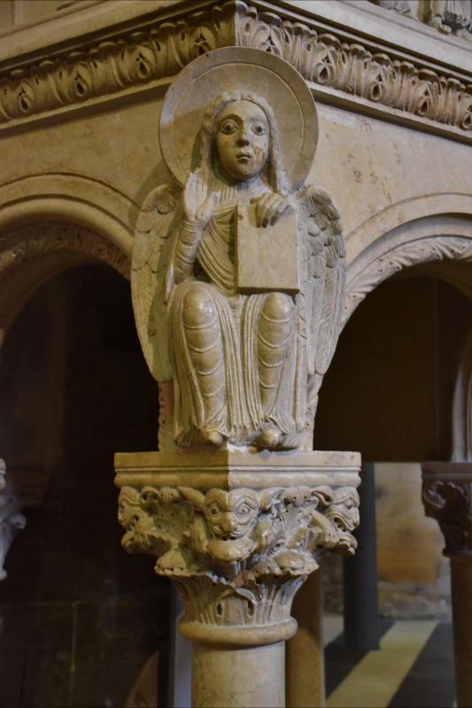 Duomo di Piacenza. Interno. Particolare - Mantovani Raffaella - Piacenza (PC)