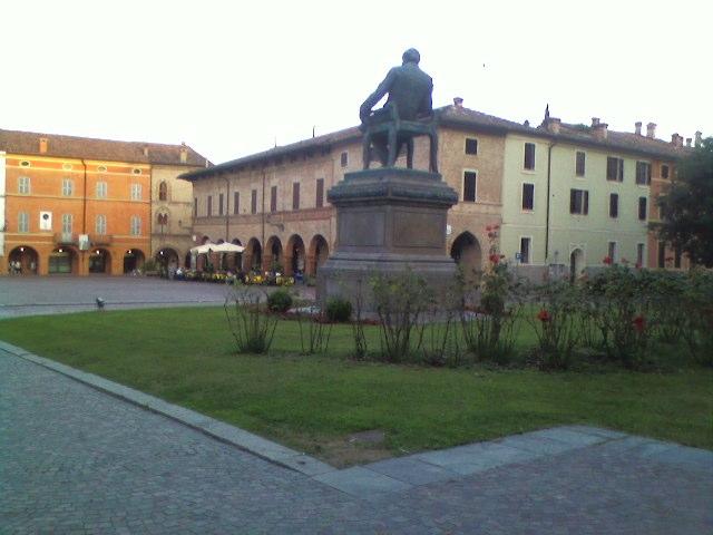 Monumento a Giuseppe Verdi - Busseto 01 - Nicbe - Busseto (PR)