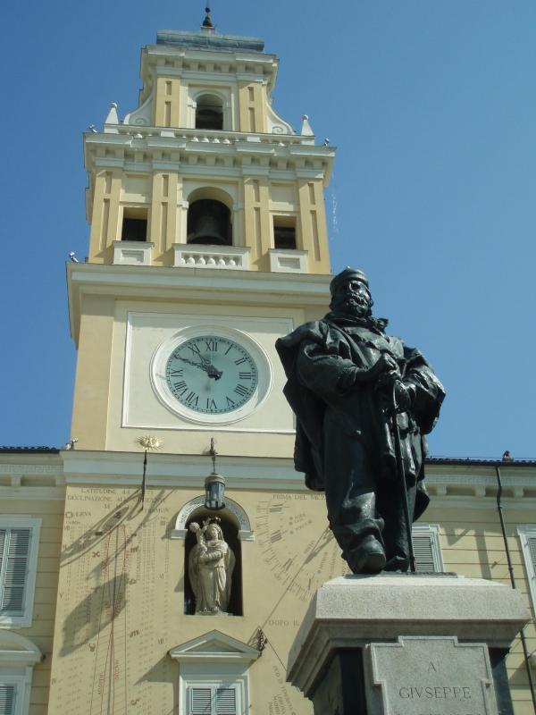 Palazzo del Governatore di Parma con Garibaldi - Marcogiulio - Parma (PR)