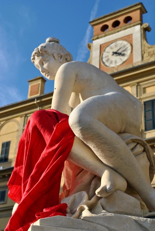 Statua di fronte al Palazzo ducale - Lataty74 - Parma (PR)