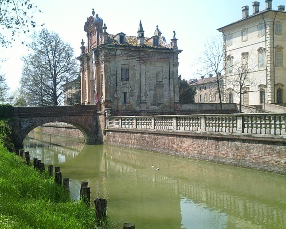 Villa Pallavicino 2005 fossato - Marco Musmeci - Busseto (PR)