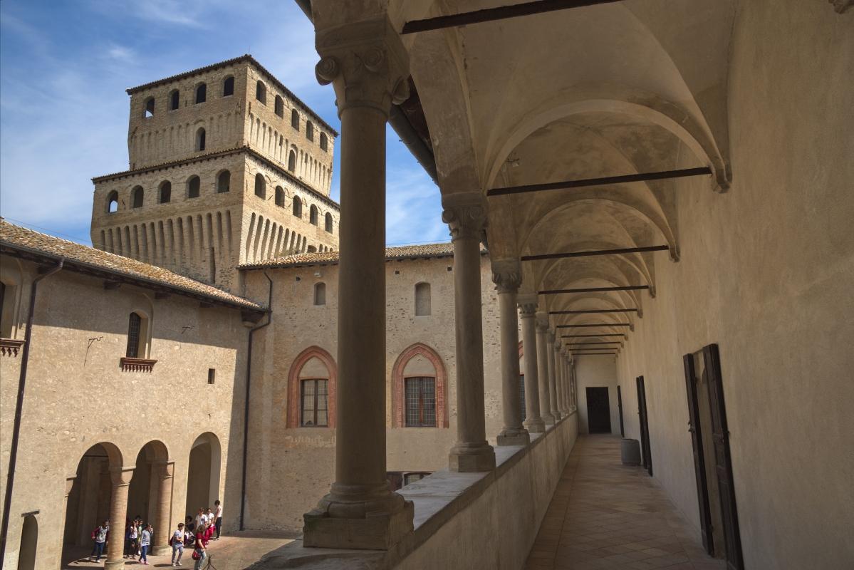 Castello Torrechiara, Loggia Est - Enrico Robetto - Langhirano (PR)