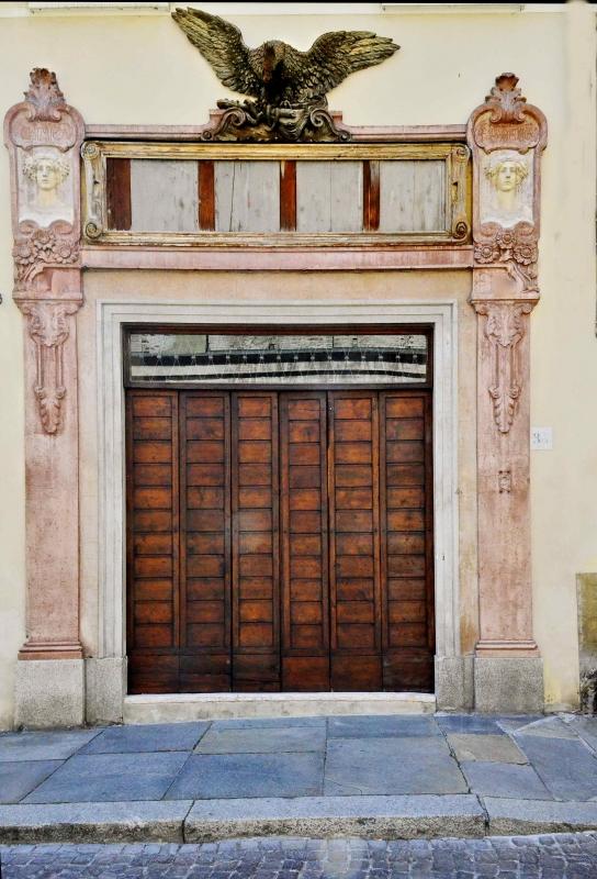 Spezieria prima e successivamente farmacia presso Basilica di San Giovanni - Caba2011 - Parma (PR)