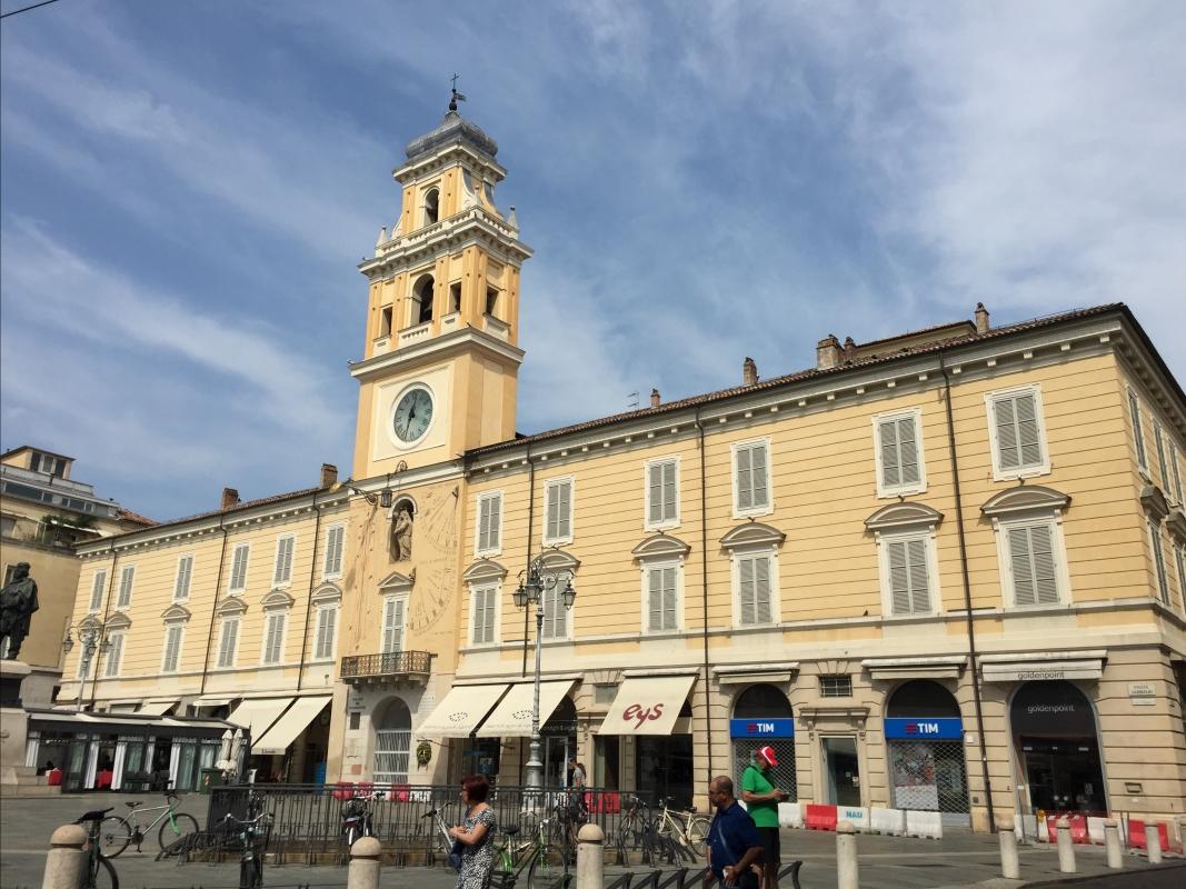 Palazzo del Governatore e negozi - Sergio Spolti - Parma (PR)