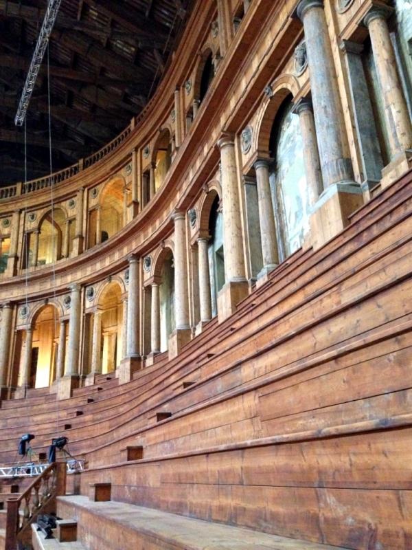 Teatro Farnese dettaglio - Waltre manni - Parma (PR)