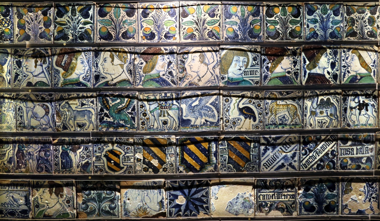 Bottega pesarese, pavimento maiolicato dal monastero di san paolo a parma, 1470-82 ca., 07 - Sailko - Parma (PR)