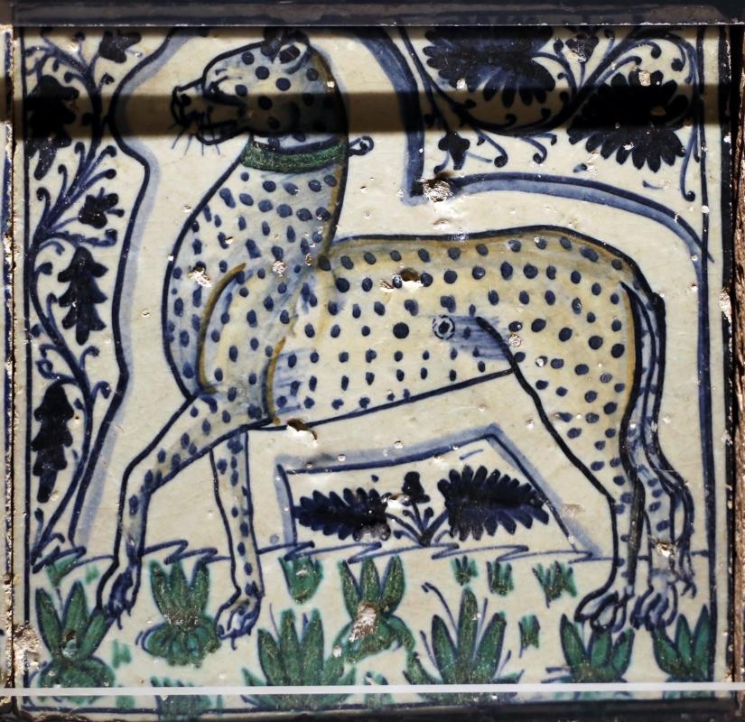 Bottega pesarese, pavimento maiolicato dal monastero di san paolo a parma, 1470-82 ca., leopardo con collare - Sailko - Parma (PR)