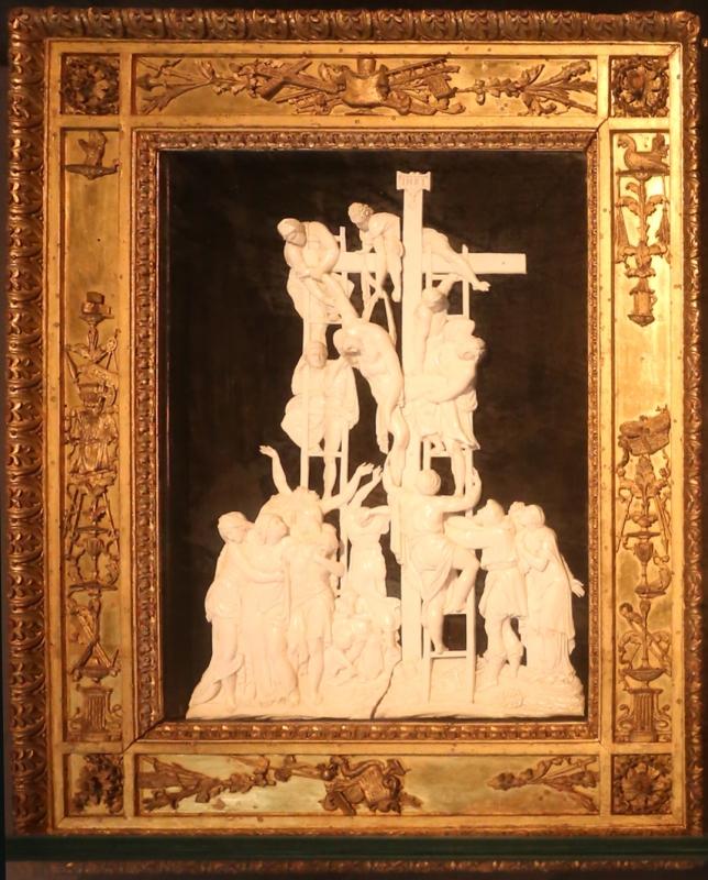 Guglielmo della porta (da), deposizione dalla croce in dente di ippopotamo, xvi secolo ca - Sailko - Parma (PR)