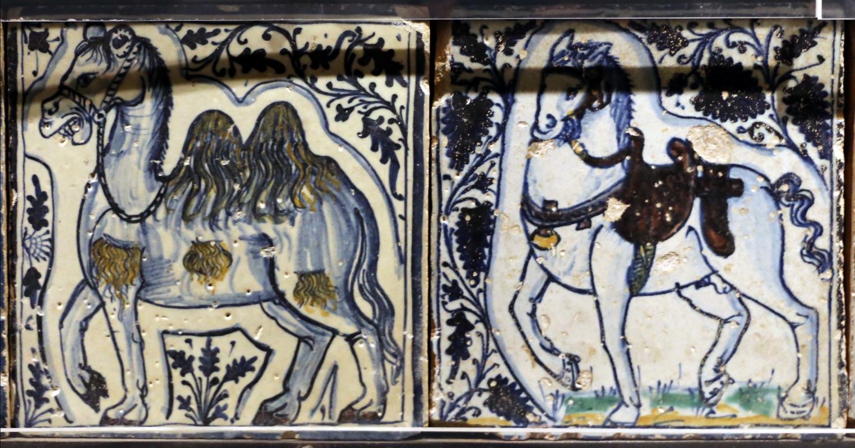 Bottega pesarese, pavimento maiolicato dal monastero di san paolo a parma, 1470-82 ca., cammello e cavallo - Sailko - Parma (PR)
