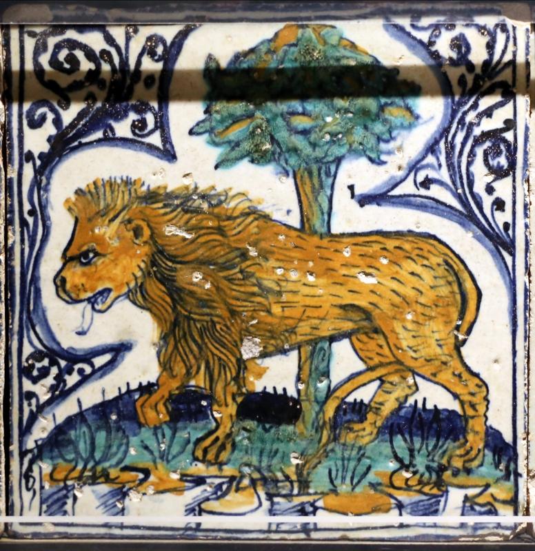 Bottega pesarese, pavimento maiolicato dal monastero di san paolo a parma, 1470-82 ca., leone presso alberello - Sailko - Parma (PR)