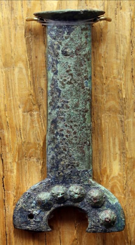 Età del bronzo, impugnatura di pugnale a manico fuso di tipo rodano - Sailko - Parma (PR)